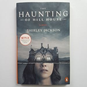 Book - The Haunting of Hill House, Shirley Jackson